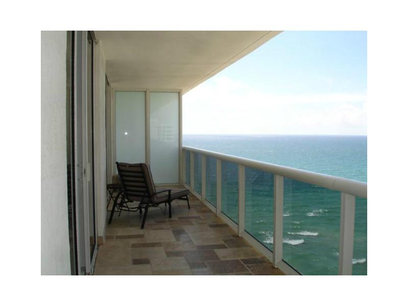 Beach Club Towers #1603 photo16