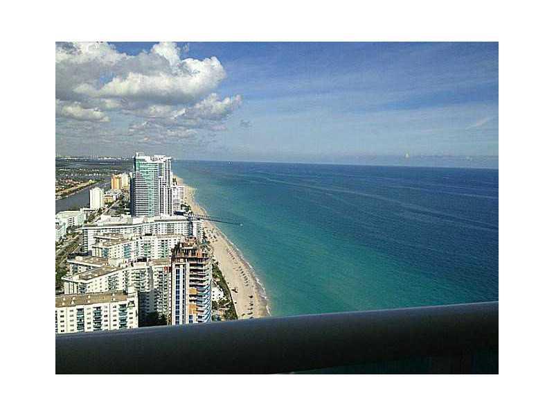 Beach Club Towers #4612 photo02