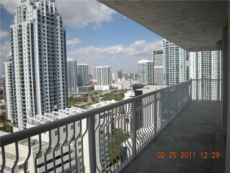 Club at Brickell #3424 photo01