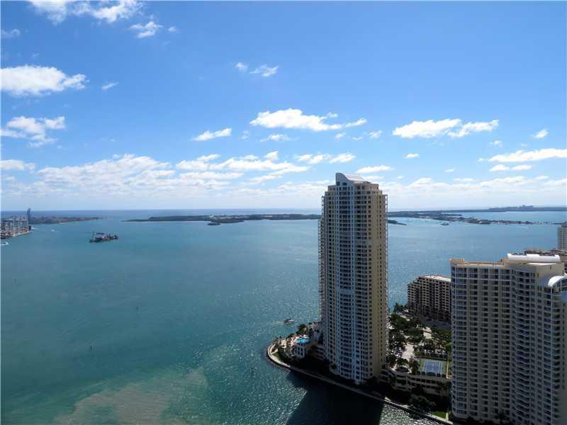 One Miami #UPH03 photo02