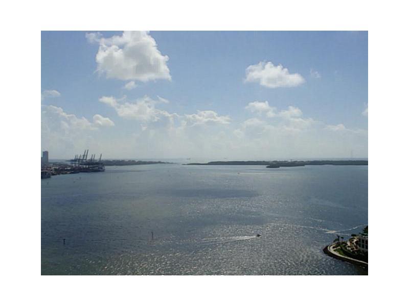 One Miami #2603 photo01