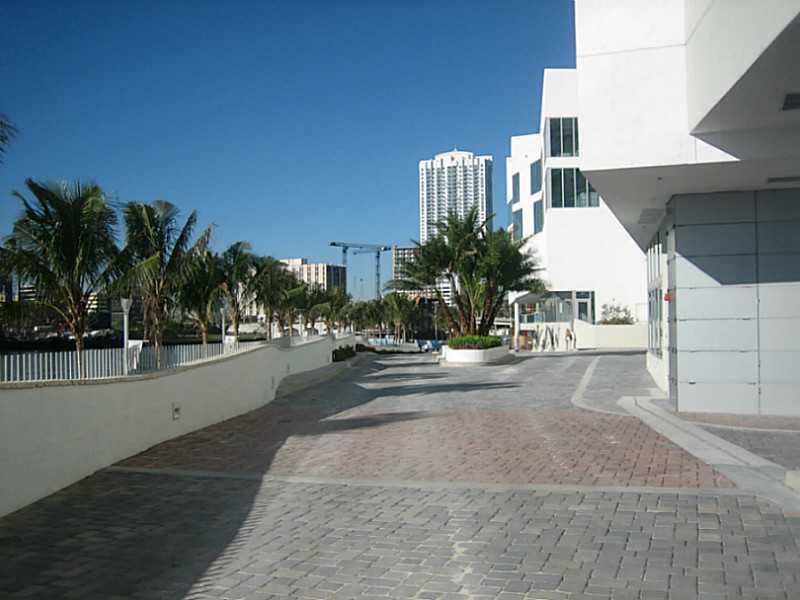 One Miami #2603 photo33