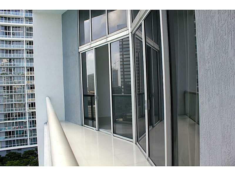 Icon Brickell #2211 photo18