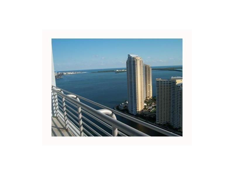 One Miami #4217 photo01