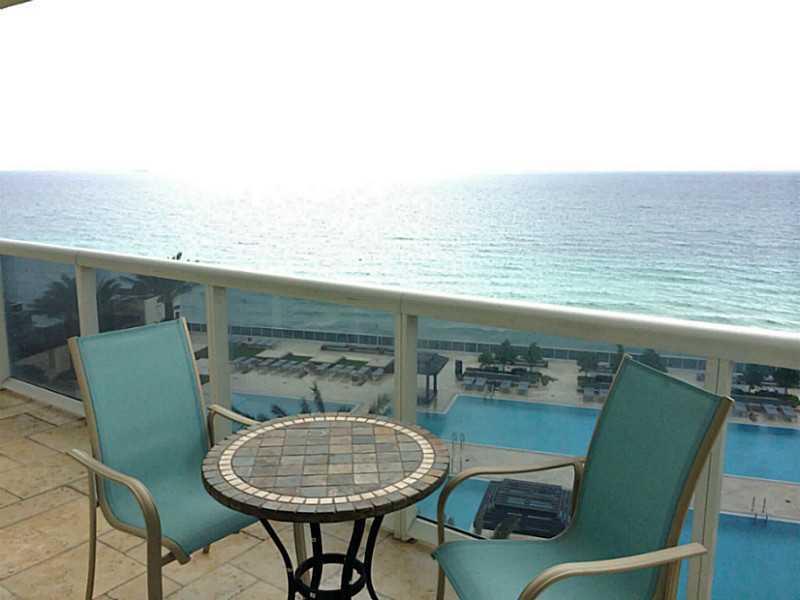 Beach Club Towers #1202 photo02
