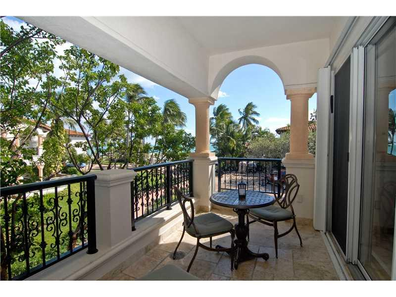 15521 FISHER ISLAND DR #15521 photo05
