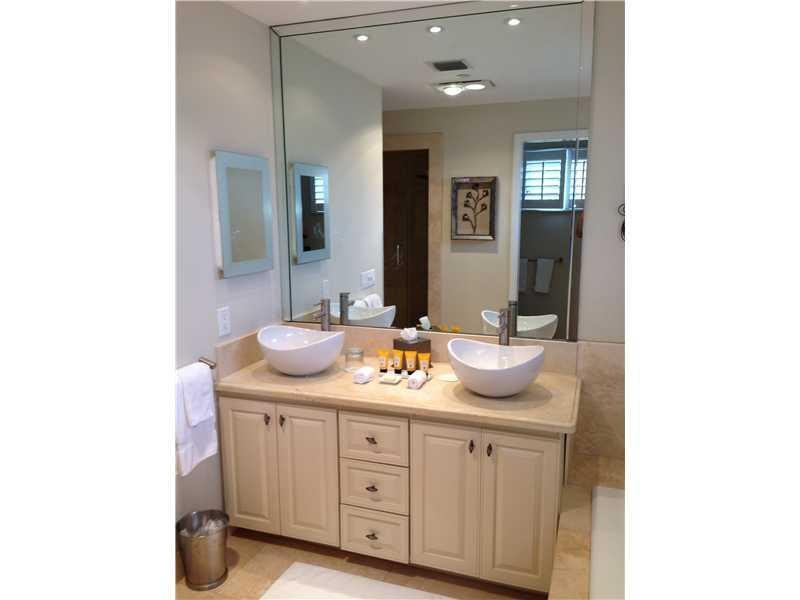 15521 FISHER ISLAND DR #15521 photo09