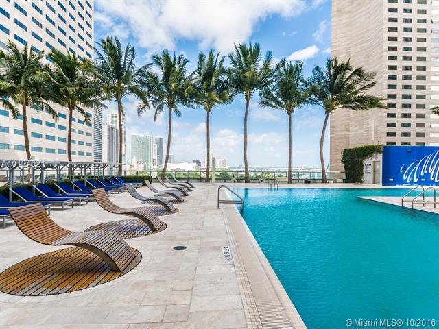 One Miami #3705 photo32
