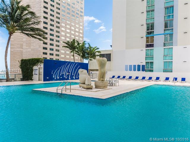 One Miami #3705 photo33