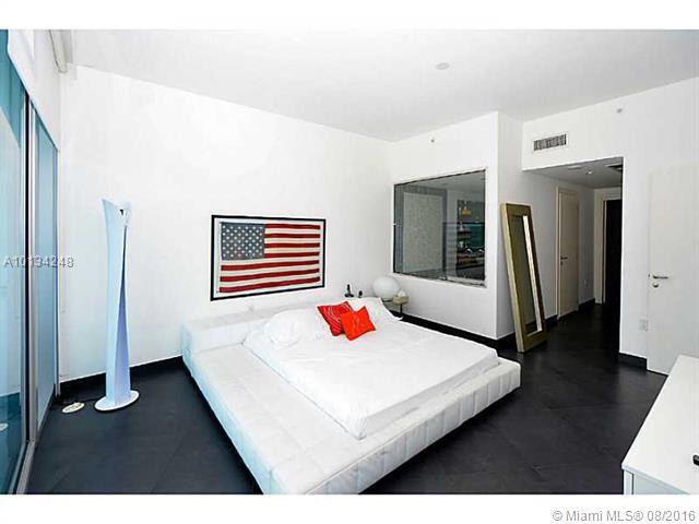 Epic Residences #4408 photo17