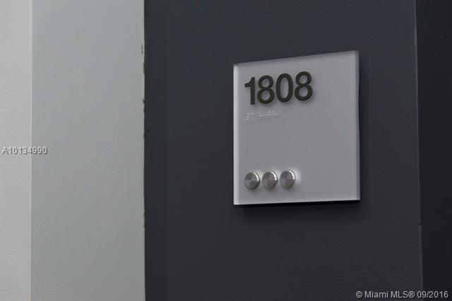 500 Brickell #1808 photo28