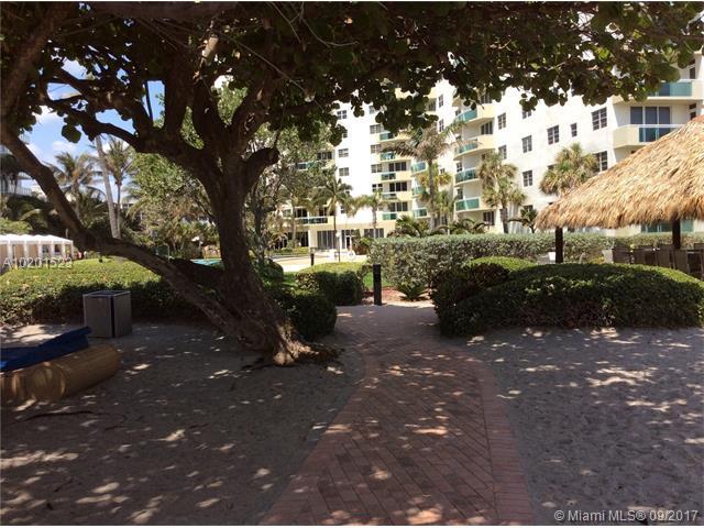 Residences on Hollywood #108 - 24 - photo