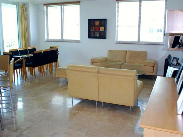Duo Hallandale #903W photo02