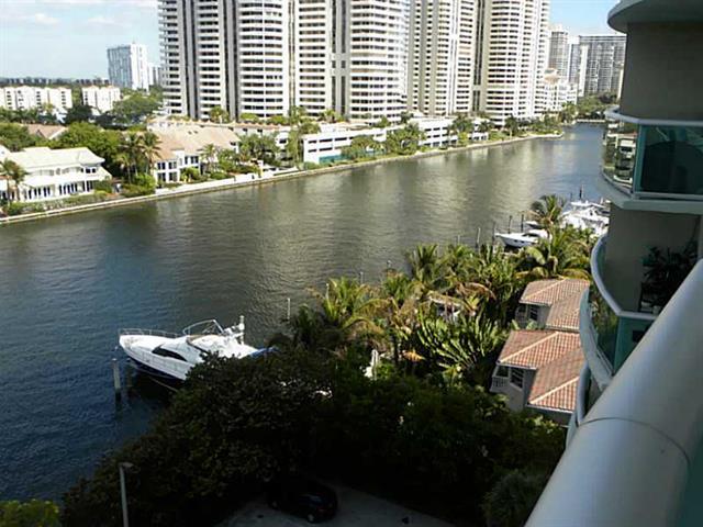 Ocean View #923 - 02 - photo