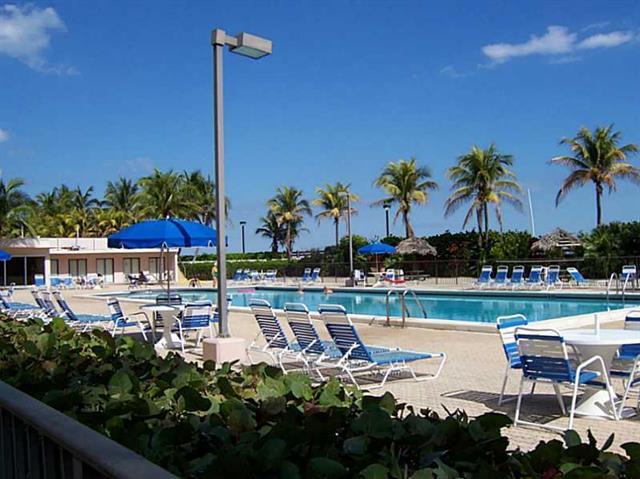 Ocean Front Plaza #906/7 photo24