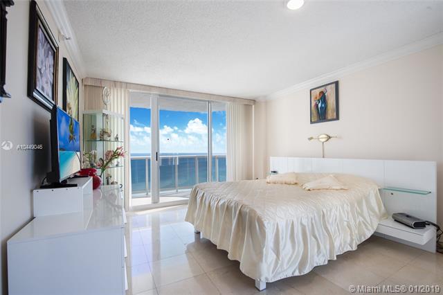 Аренда квартиры по адресу 16711 Collins Ave, Sunny Isles Beach, FL 33160 в США