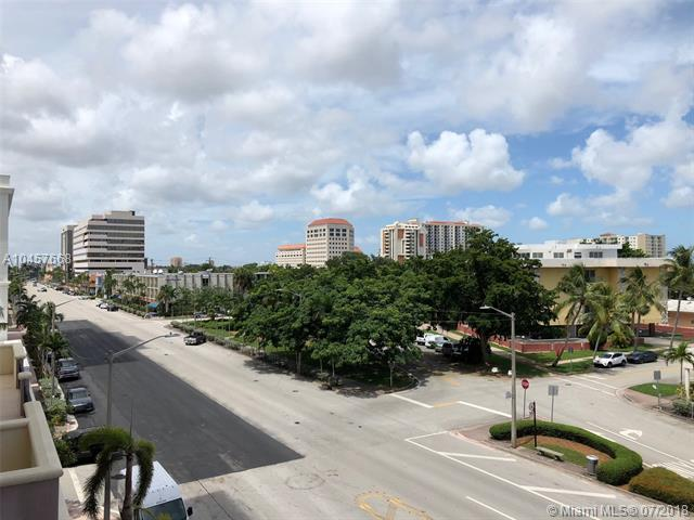Аренда квартиры по адресу 1300 Ponce De Leon Blvd, Coral Gables, FL 33134 в США