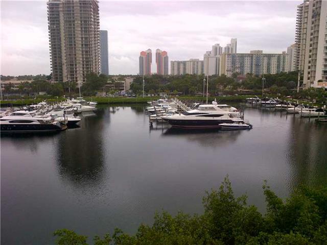 Yacht Club at Aventura #5607 photo10