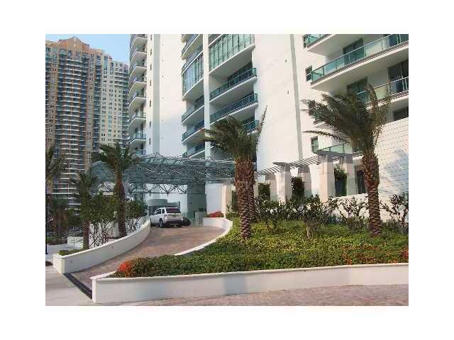 Jade Residences #711 - 03 - photo