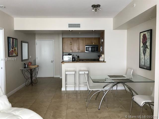 Duo Hallandale #1105W photo04