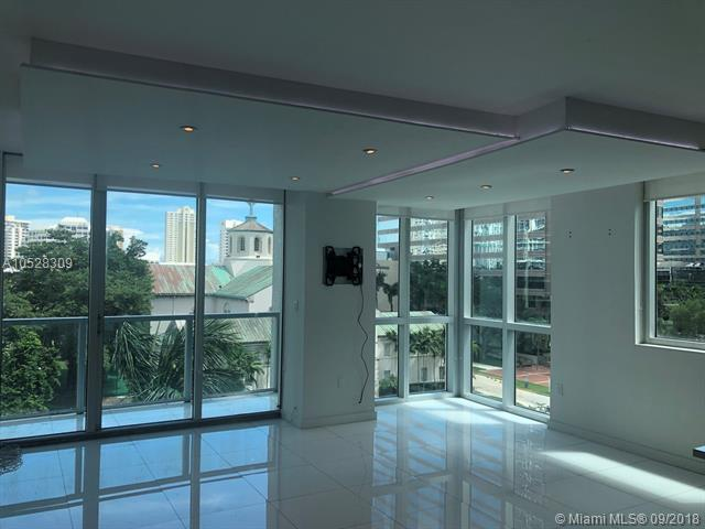 500 Brickell #502 photo10