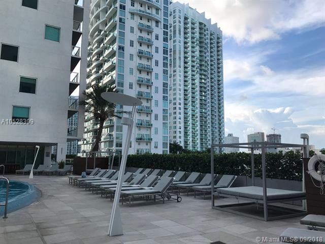 500 Brickell #502 photo20