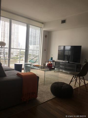 One Miami #821 photo03