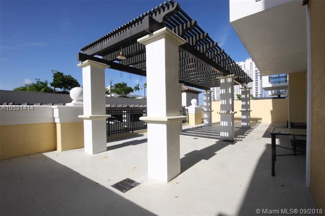 Colonnade At Dadeland #610 photo01