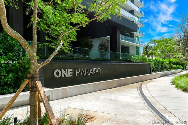One Paraiso #2204 photo02