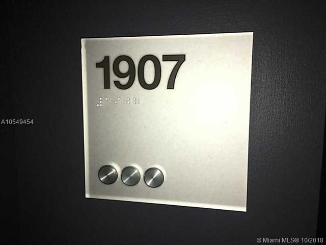 500 Brickell #1907 photo02