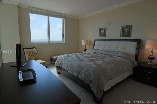 Duo Hallandale #1806E photo10