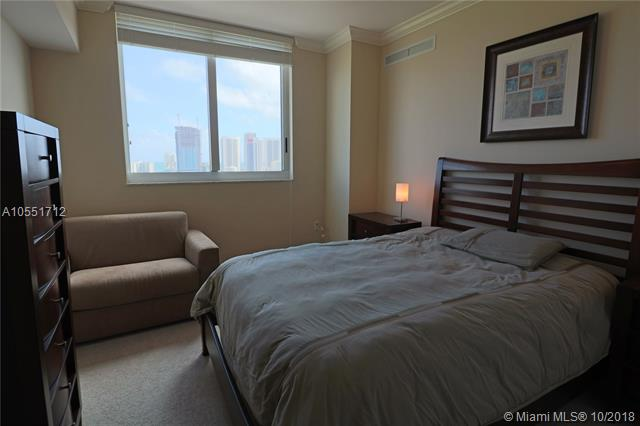 Duo Hallandale #1806E photo06