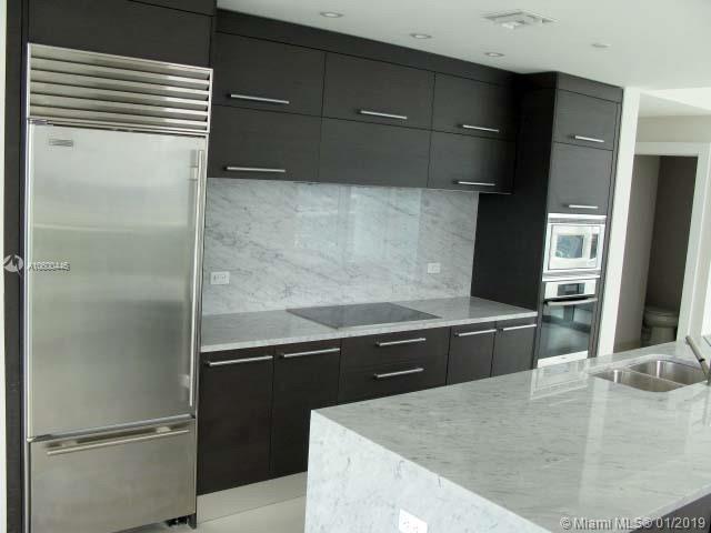 Аренда квартиры по адресу 900 Biscayne Blvd, Miami, FL 33132 в США