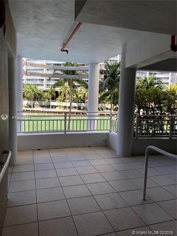 Аренда квартиры по адресу 901 Brickell Key Blvd, Miami, FL 33131 в США
