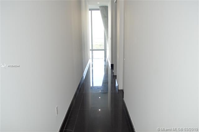 Property 2669 S Bayshore Dr #1403N image 22
