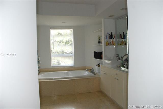 Property 21050 Point Pl #506 image 9