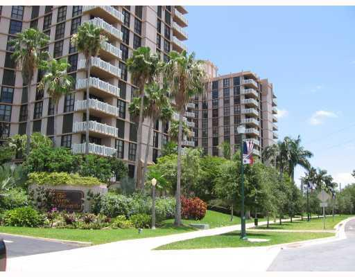 Towers of Key Biscayne #E705 photo02