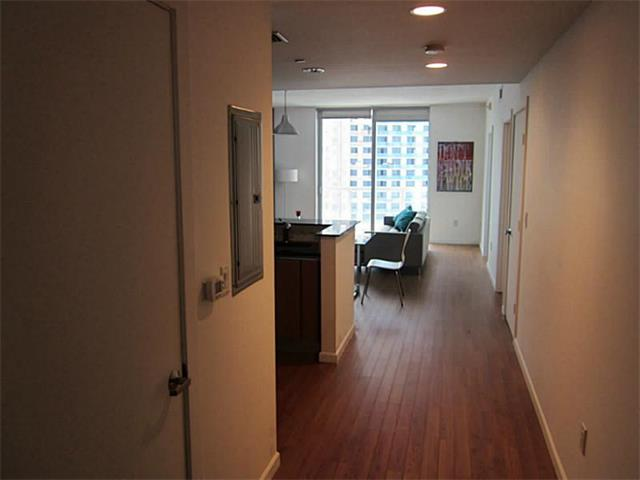 1060 Brickell #2513 photo09