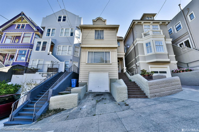 835 Castro Street