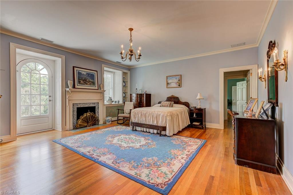 7980 Valley View Drive, Clemmons, North Carolina 27012, 7 Bedrooms Bedrooms, 12 Rooms Rooms,Residential,For Sale Triad MLS,Valley View,925465